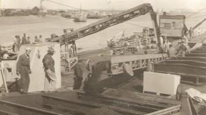 1952 cargando carbón