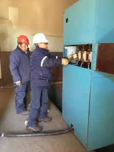 Servicios Públicos conectando la administración desde subestación de nueva línea eléctrica